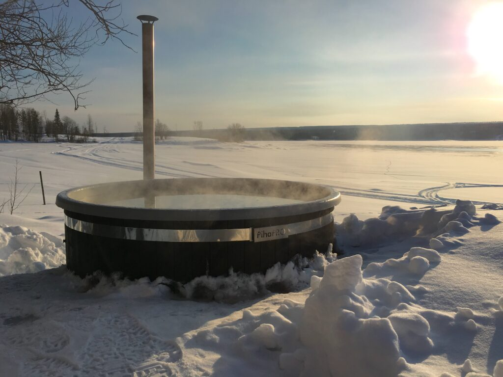 Hot Tub in Snow Norråker